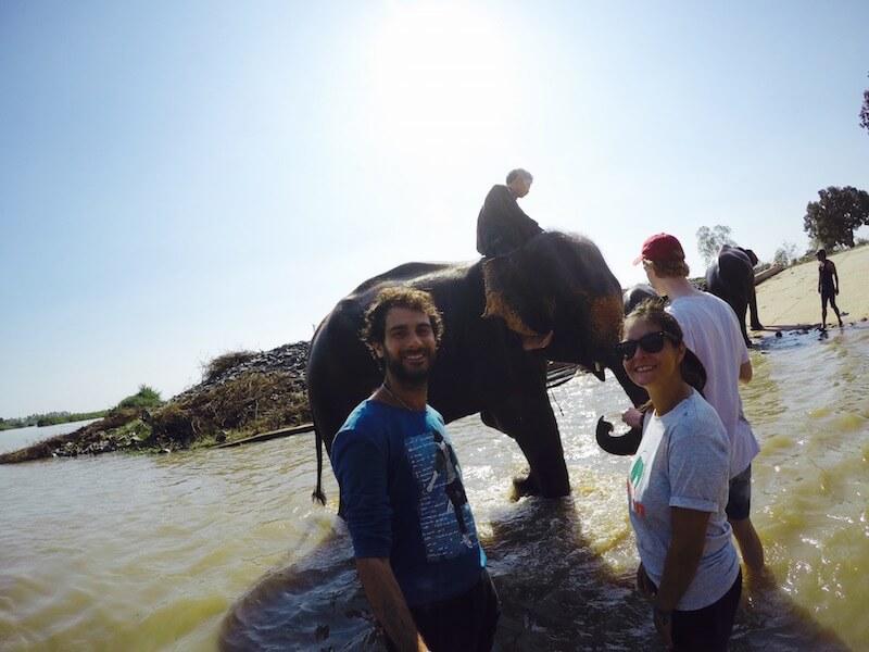 Il bagnetto con gli elefanti