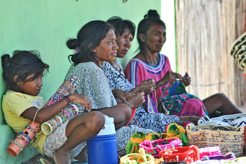 Fabbricando borse tipiche Wayuu