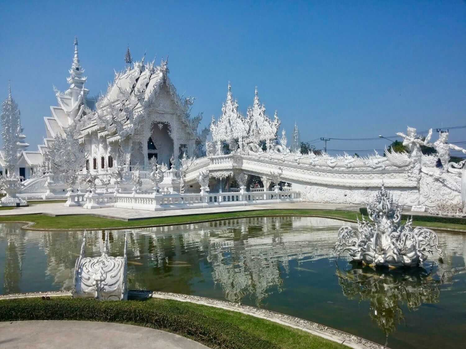 Il white temple a chang rai